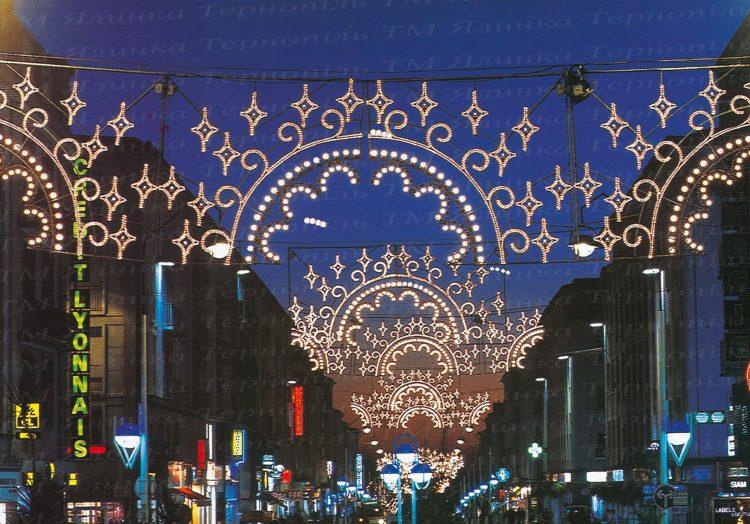 Львівське вуличне освітлення
